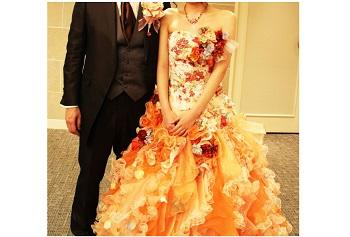 披露宴 お色直しのドレス デザイン・色(カラー)素材選びのポイント